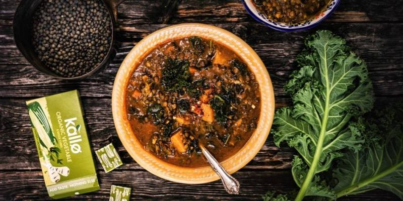 Lentil, kale & sweet potato soup