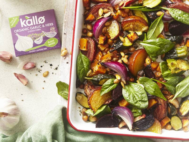 Rainbow vegetable and chickpea tray bake